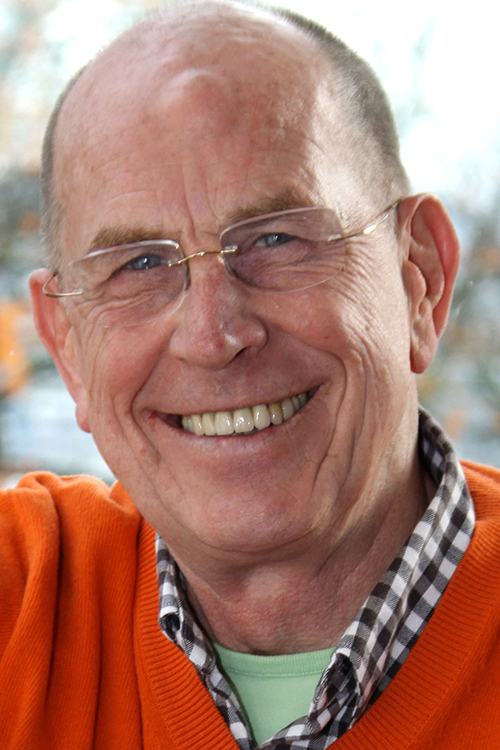 Richard Neubersch ist Inhaber von Swiss Harmony, einer Firma, die die Entstörung von Elektrosmog und anderen Umweltbelastungen anbietet.